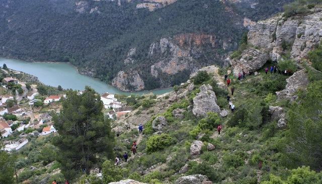 """La ruta senderista """"Embalse del Molinar"""", próximo destino de la Diputación"""