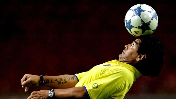 Maradona, un símbolo mundial del fútbol