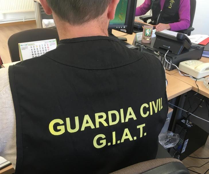 La Guardia Civil detiene a un grupo criminal que estafaba en la compraventa de coches
