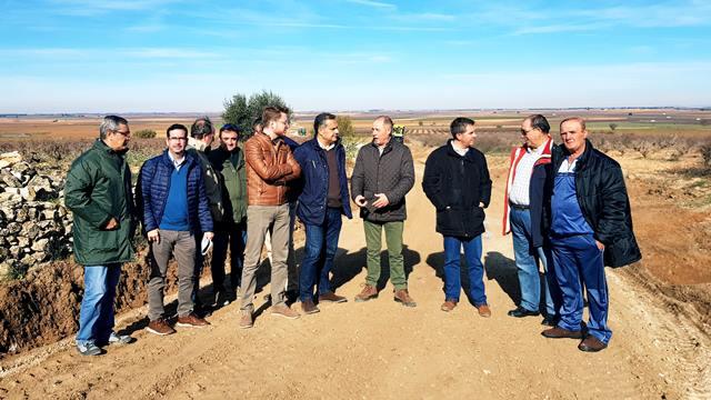 Villamalea, Golosalvo, Navas de Jorquera y Cenizate, con obras en los caminos dentro del convenio entre Diputación y Junta