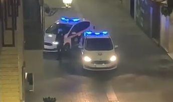 Polémica en 'La Zona' de Albacete, con denuncias, mucha policía, malos entendidos y enfrentamiento entre pubs