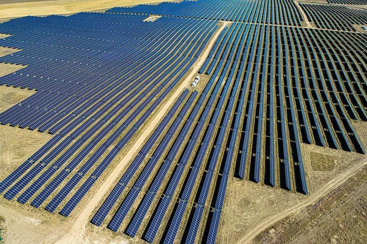 Eiffage adjudica el contrato EPC del megaparque fotovoltaico en Bonete (Albacete)