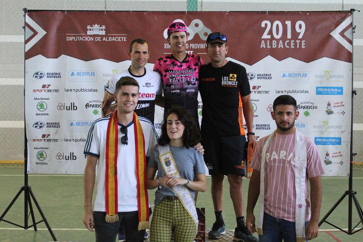 Almudena Jiménez y Yago Sardina salen victoriosos en la prueba de BTT en Ossa de Montiel