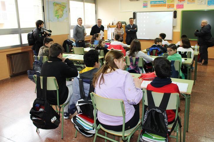 El programa Prepara-T incorpora y refuerza a 65 docentes en centros educativos de la provincia de Albacete con una inversión de 800.000 euros