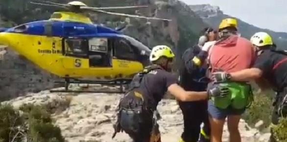 Un joven cae al interior de una cueva del río Mundo y es llevado herido al Hospital de Hellín (Albacete)
