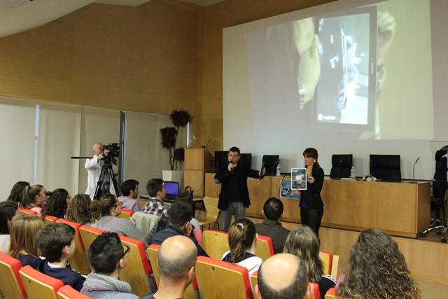 Más de un centenar de alumnos de Secundaria de Almansa participan en la jornada sobre nuevas tecnologías