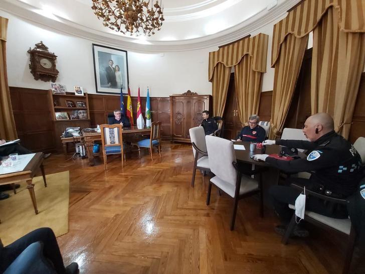 El Centro de Coordinación de Hellín insiste en el confinamiento y valora nuevas medidas
