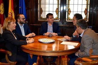 Cabañero se reúne con el delegado del Gobierno para tratar asuntos de actualidad en Castilla-La Mancha
