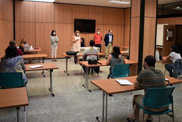 El equipo de coordinación del Plan de Empleo de Albacete firma sus contratos laborales