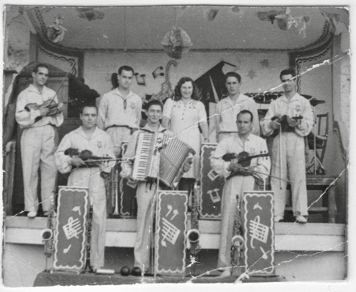 """Swing Machine Orchestra """"Melodías Prohibidas"""" La lucha de la música clásica con el ritmo enloquecedor de la música moderna"""