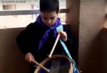 Tamborada virtual de los niños de Hellín en el Viernes de Dolores