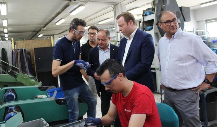 El Ayuntamiento de Albacete aumentará su aportación a la Escuela de Cuchillería