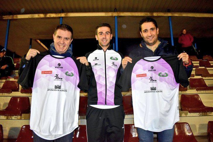 La Diputación conoce de cerca el trabajo del Club Atletismo Albacete