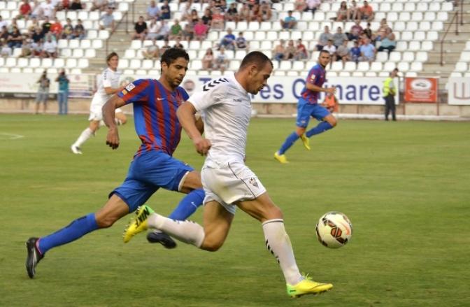 Keko queda descartado en el Albacete y su posible sustituto, César Díaz, es duda