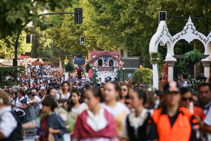 La Cabalgata de apertura marca el inicio de la Feria de Albacete 2019