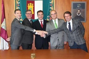 Realizado el acto del traspaso de titularidad de las Reales Fábricas de Riópar del Fogasa a la corporación municipal