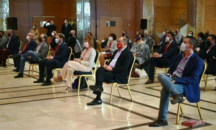 Presencia de representantes públicos en el XII Congreso Provincial de Comisiones Obreras en Albacete