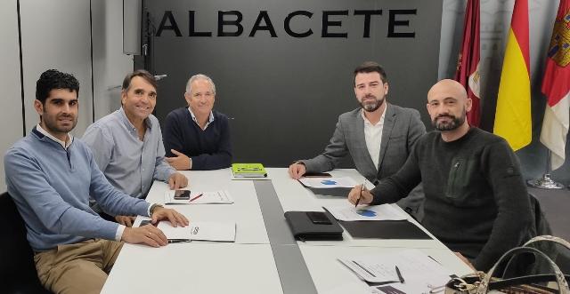 El Ayuntamiento de Albacete y los empresarios de Romica estudian mejoras para ese polígono industrial