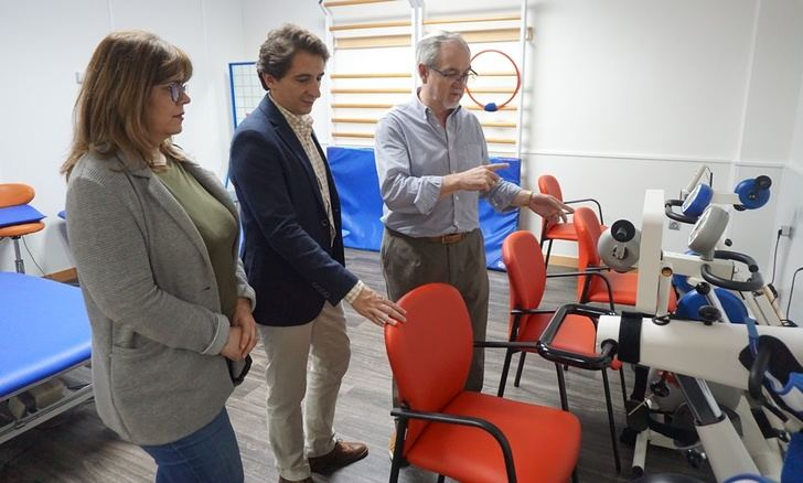 """Aguas de Albacete agradece a la Asociación de Esclerosis Múltiple de la ciudad el Premio """"25 Aniversario"""""""