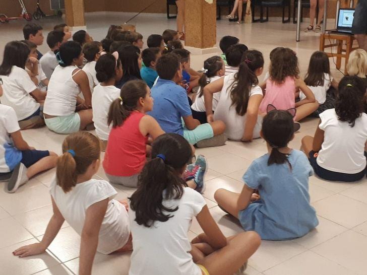 Aguas de Albacete colabora con la FAVA para el desarrollo de actividades de verano infantiles