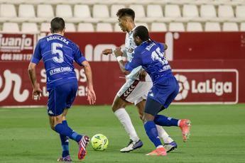 El Albacete pierde con el Alcorcón (0-1) y da un paso más hacia el descenso a Segunda B
