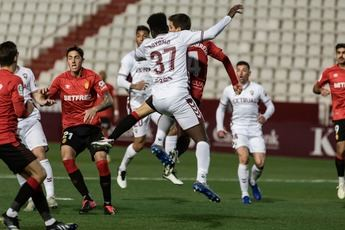 El Mallorca frenó la recuperación de un Albacete que falló un penalti en el minuto 86 (0-1)