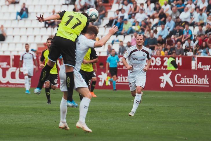 El presidente del Gobierno anuncia que el día 8 de junio volverá la Liga de fútbol