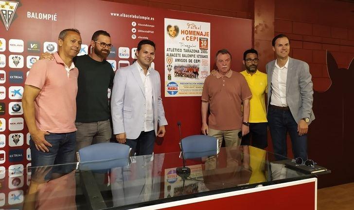 El Albacete Balompié se suma al homenaje al doctor Cepillo, en Tarazona de la Mancha