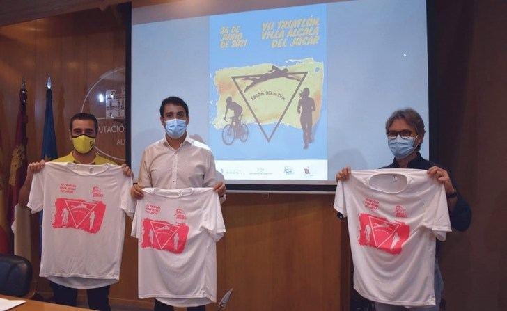 Alcalá del Júcar celebra este sábado su séptimo triatlón internacional con el apoyo de la Diputación