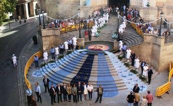 Las alfombras de serrín de Elche de la Sierra y su arte efímero, de nuevo en Albacete