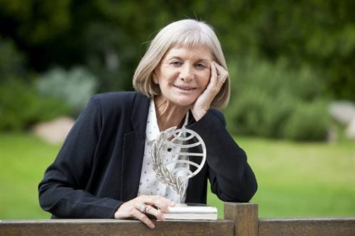La almanseña Alicia Giménez Bartlett recibirá el premio de la IV Setmana de les Lletres de l'Eliana (Valencia)