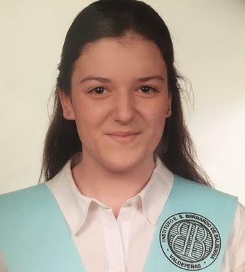 Alicia Ruiz, de Valdepeñas, la nota más alta de la EvAU en la UCLM y estudiará en la región