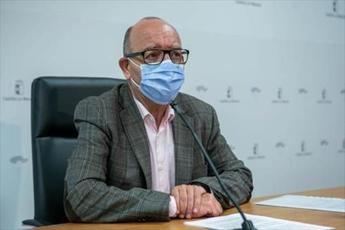 Castilla-La Mancha adelantará la segunda dosis de la vacuna a interinos aspirantes a oposiciones de educación