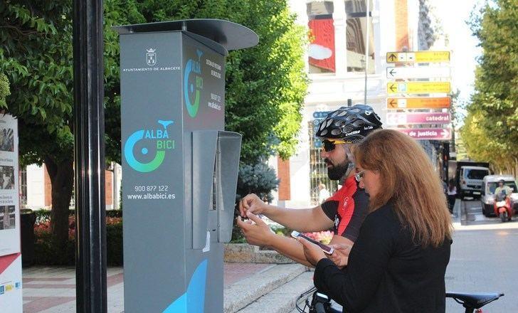 Albacete, la única ciudad de Castilla-La Mancha, con bicicletas públicas