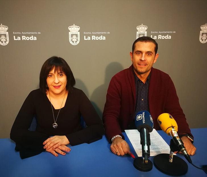 El Ayuntamiento de La Roda amplía el número de calles iluminadas en Navidad