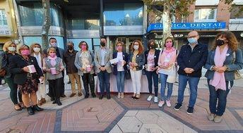 AMAC sala de nuevo a la calle para visibilizar a las mujeres que luchan contra el cáncer de mama