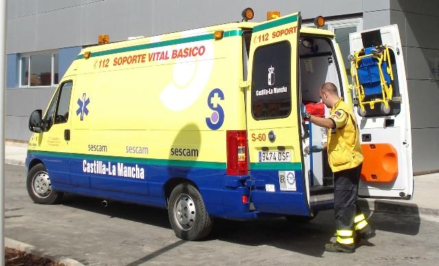 Los bomberos liberan a una mujer atrapada en una cinta transportadora en Albacete