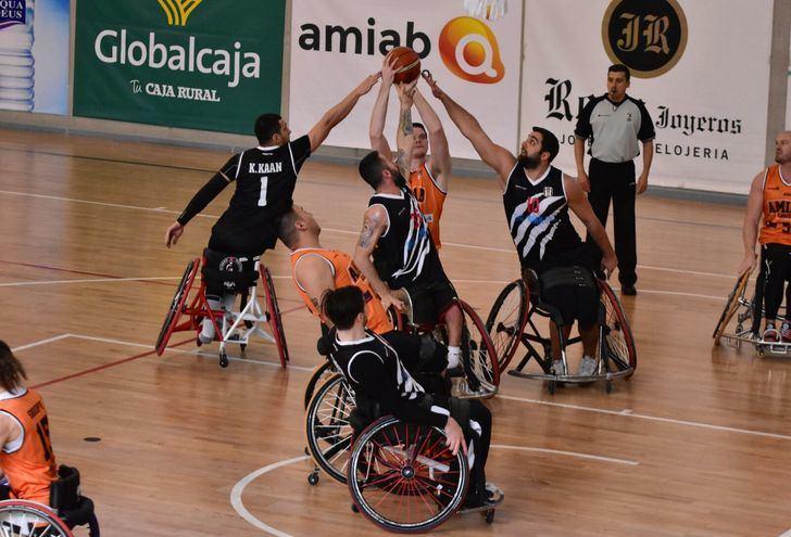 El BSR Amiab Albacete gana sus dos primeros partidos de Champions y pone un pie en la segunda fase