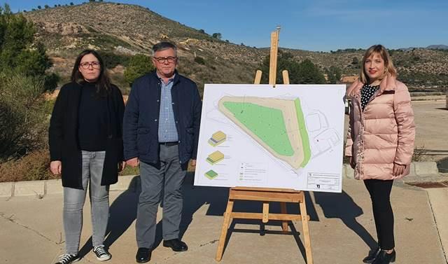 Continúan las obras de clausura del vertedero del 'Collado de la Peña' en Hellín, financiadas por la Diputación de Albacete
