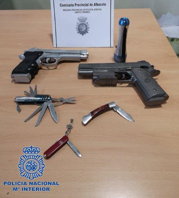 La Policía Nacional ha detenido en Albacete a un peligroso ladrón nocturno de viviendas