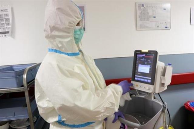 Más de 210.000 artículos de protección han llegado esta semana a los centros sanitarios de C-LM