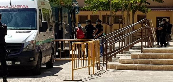 Termina la limpieza y desinfección de los 7 pabellones de Albacete que albergaron a ilegales y temporeros en aislamiento
