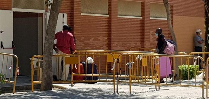 La Fiscalía no ve responsabilidad penal del Ayuntamiento de Albacete en la gestión de los ilegales y temporeros confinados