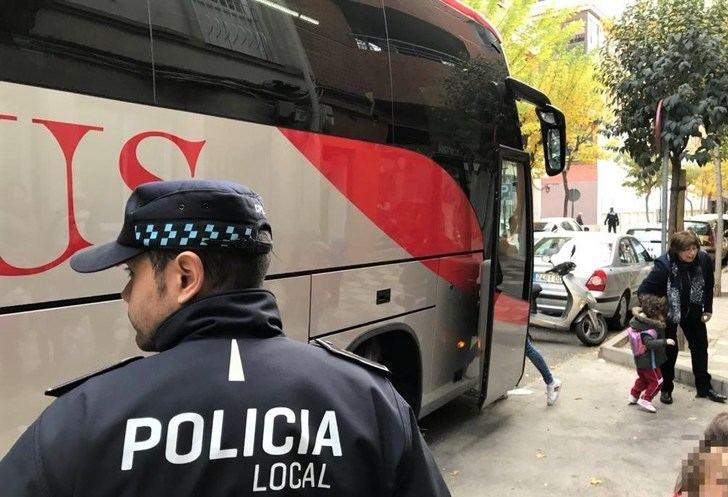 La Policía Local de Albacete colabora con la DGT en la campaña sobre control de transporte escolar
