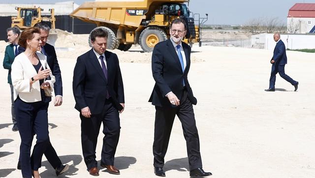 Visita de Rajoy a las obras de la autovía en Albacete en abril del año pasado.