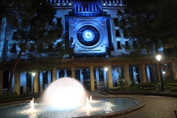 El Ayuntamiento de Albacete y el Museo Municipal se teñirán de azul para conmemorar el Día Mundial del Parkinson