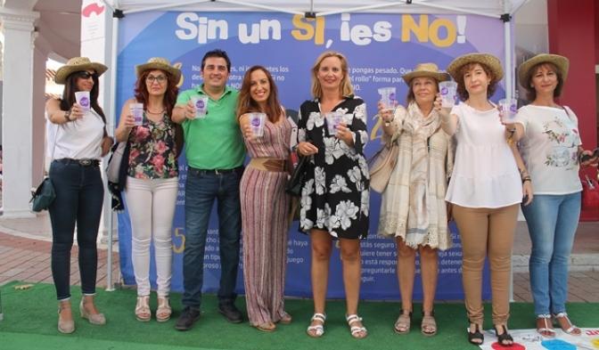 """La campaña del Instituto de la Mujer """"Sin un Si, ¡Es No! distribuye 60.000 mensajes de sensibilización en la provincia de Albacete"""