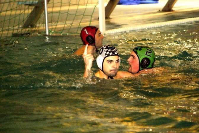 Las categorías infantil, absoluta y femenina del Waterpolo Albacete se desplazaron hasta Valdepeñas para afrontar sus compromisos