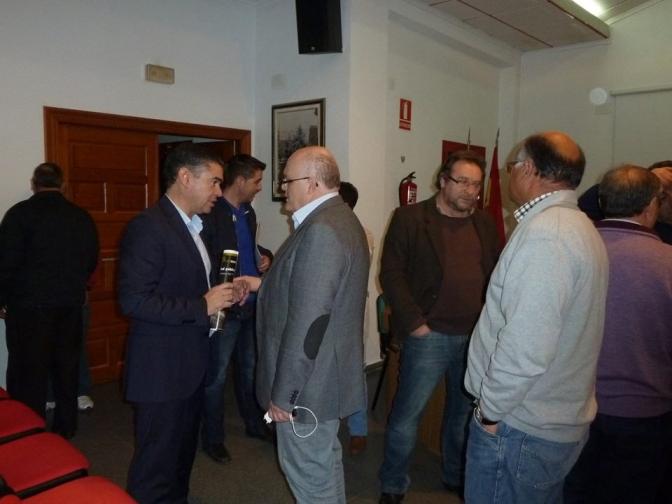 El PSOE por Albacete analiza las consecuencias de los recortes en Villamalea