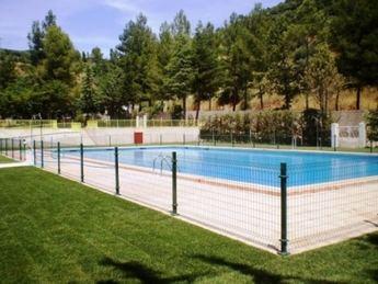 La remodelación de la piscina municipal de Bienservida ha costado 100.000 euros